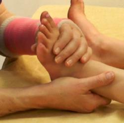 leg elongation grip.jpg