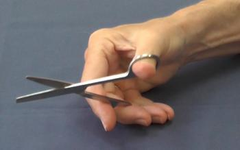 position-fingers-scissor-loop-2.jpg